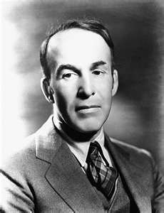 ars poetica by archibald macleish essay An essay or paper on ars poetica by archibald macleish the poem, ars poetica, written by archibald macleish , can be summarized by its final stanza.