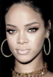 Biografía De Rihanna Su Vida Historia Bio Resumida